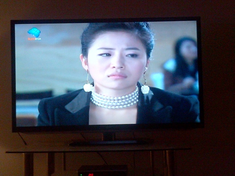Chinese series on a kurdish channel! Melting pot extreme!